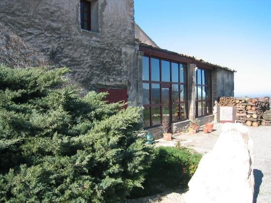 Le Mas Des Ozieres : The entrance