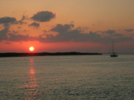 Great Exuma: Sunset at Warderick Wells
