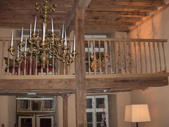 The Three Sisters: Original beams in reception - and the real candles are lit at night!