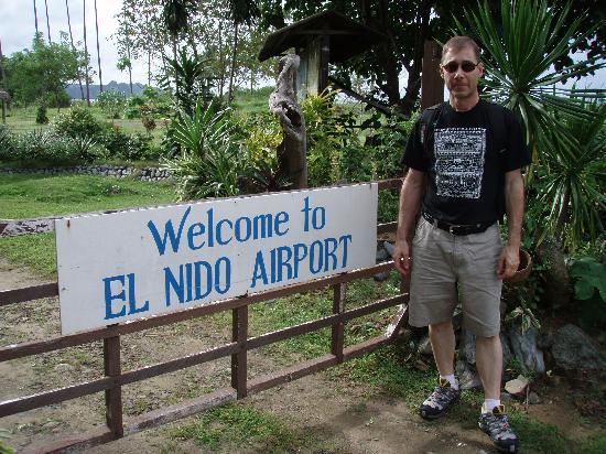 El Nido Resorts Lagen Island: I enjoyed my first dirt-strip landing.