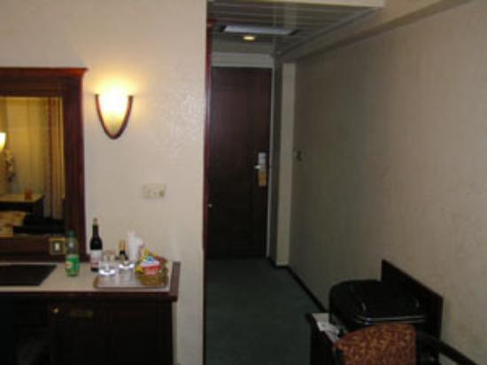 يجيتالب هوتل: Room 2
