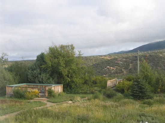 Adobe & Stars Bed and Breakfast Inn of Taos: secluded hot tub