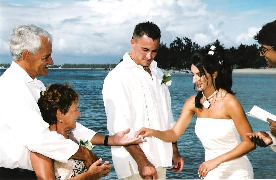 Trou aux Biches Beachcomber Golf Resort & Spa: Wedding Vows1