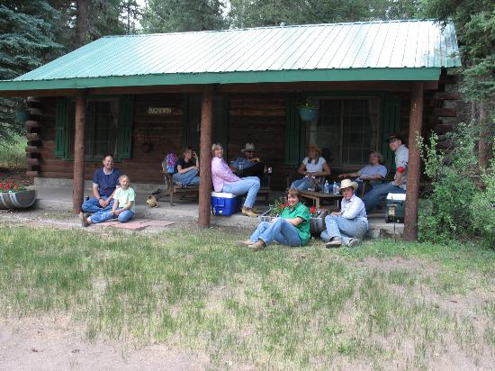 Elk Mountain Ranch: Relaxing before dinner