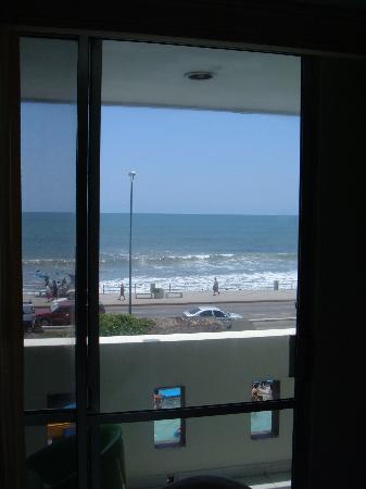 Hotel Sands Las Arenas : view of ocean from inside my room