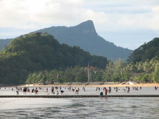 Low Tide looking toward Ao Nang