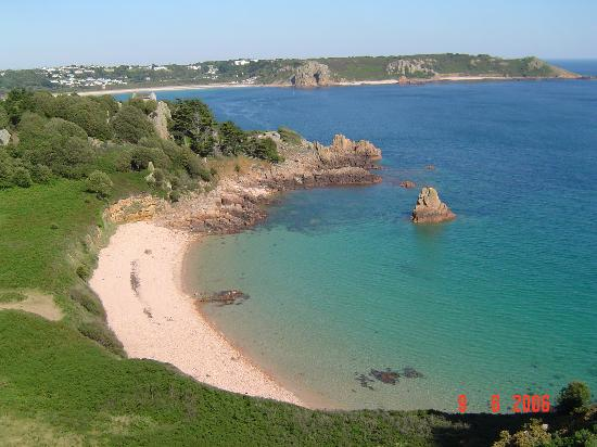 Samares Coast Hotel: Beauport Bay - why you want to go to Jersey