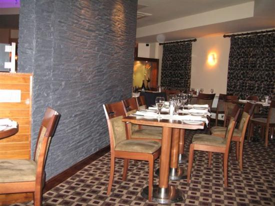 Big Blue Hotel: B Blue Restaurant - Lovely Food!