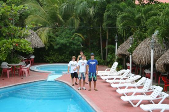 San Carlos, Panama: Bayview resort pool area