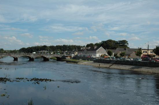 Ballina, Irland: River Moy at Low Tide - Sep. 2006
