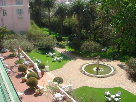 Belmond Mount Nelson Hotel: The front gardens from our window