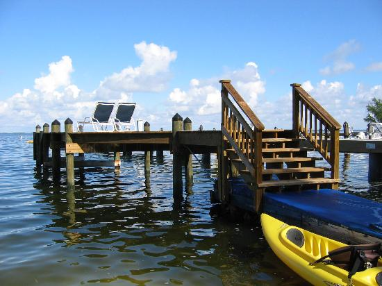 Azul del Mar: The Dock / Watch the sunset from there!