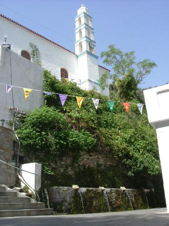 Andros, Greece: Springs and church at the village of Menites