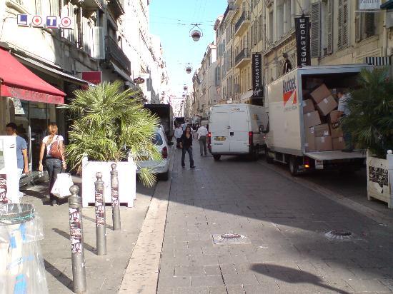 Marsiglia, Francia: 'Its busy'