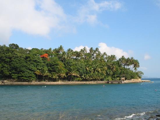 ساو باولو: Ilha da Serruria, off Ihabela
