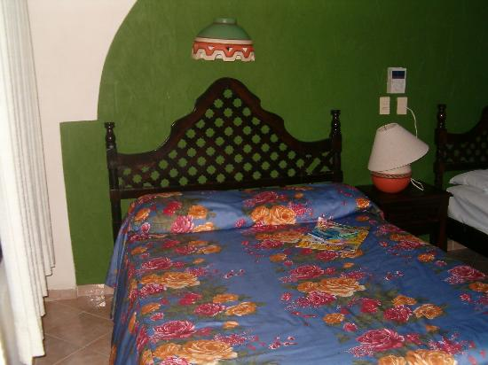Cabañas Maria del Mar: my room at the Cabanas (you get two double beds)