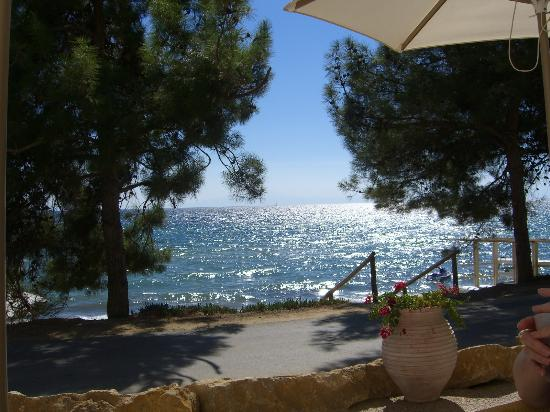 Ikos Oceania: Veiw from the Beach Bar