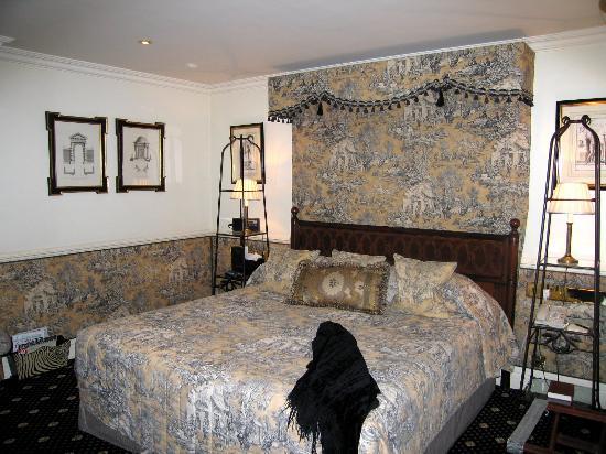 The Milestone Hotel: Milestone Hotel Room