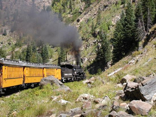 ‪‪Durango and Silverton Narrow Gauge Railroad and Museum‬: The train ride is so scenic.‬