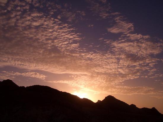 Marhaba Palace Hotel: Sun Rise, Atlas Mountains