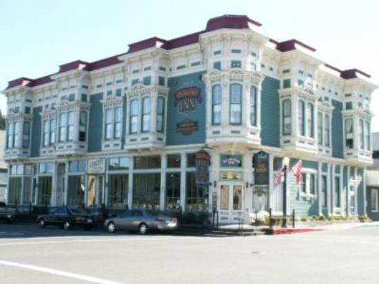 Victorian Inn: The splendid Victorian architectural touches are clearly visible in this photo