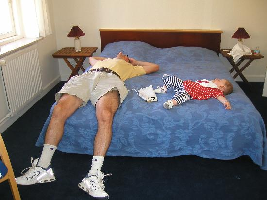 Hotel Fy & Bi : Baby and daddy conked out at Fy & Bi after a long day in Copenhagen.