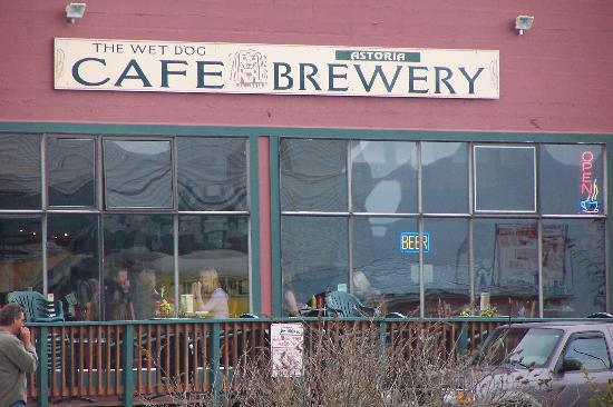 Travel Dog Bed >> Wet Dog Cafe & Brewery, Astoria - Menu, Prices ...