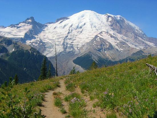 LOOP 1: Circle Mt. Rainier