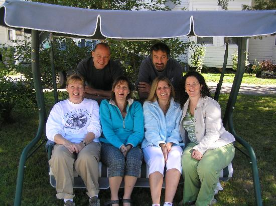 Mt. Washington Bed and Breakfast: My friends and I enjoying the swing