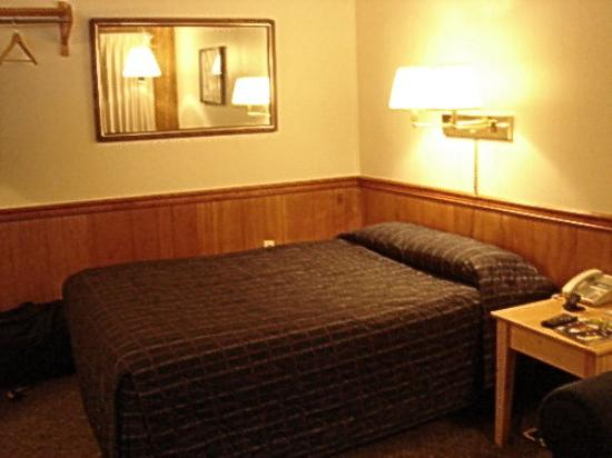 Trail Lake Lodge Room