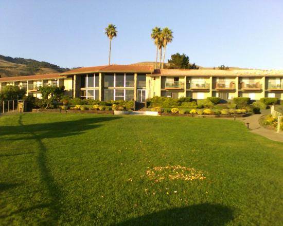 S Cliff Hotel Pismo Beach Lodge 9 26 06