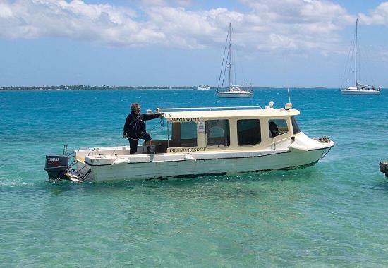 Pangaimotu Island Resort: Transfer boat