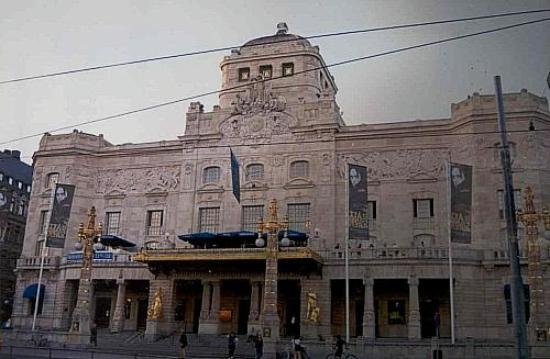 ‪Royal Dramatic Theater (Kungliga Dramatiska Teatern)‬