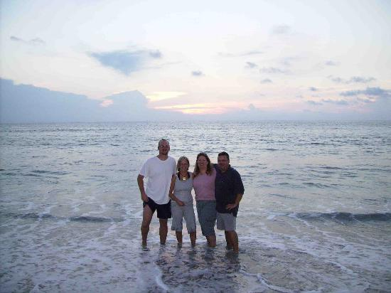 Palm Beach Oceanfront Inn: The Gang