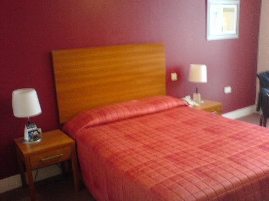 Ardmore Hotel: Bedroom - Picture 1