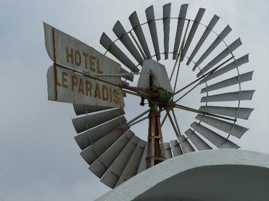 Hotel Paradis Palace: Wild West in need of urgent attention!