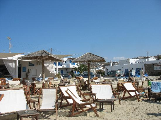 Yiannaki Hotel : Ornos Beach club