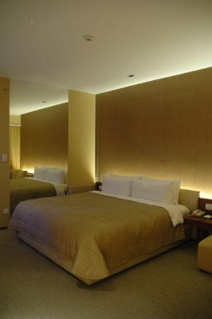 Traders Hotel, Kuala Lumpur: Very very comfortable bed