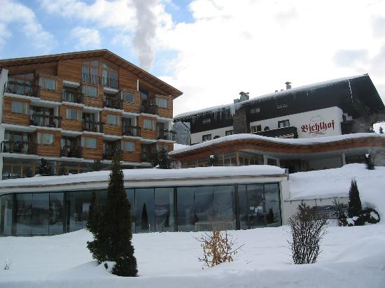 Sport- Wellnesshotel Bichlhof: View of the front of the Hotel