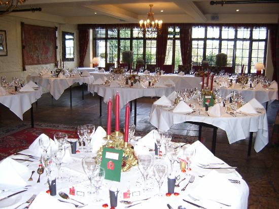 The Bay Tree Hotel: Restaurant being set up ahead of the wedding breakfast