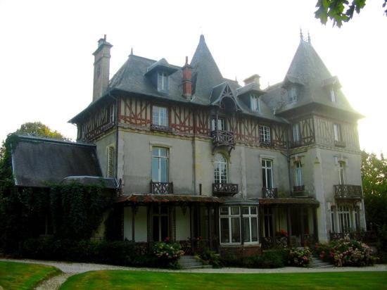 Monceaux-en-Bessin, Frankreich: Manoir Les Equerres