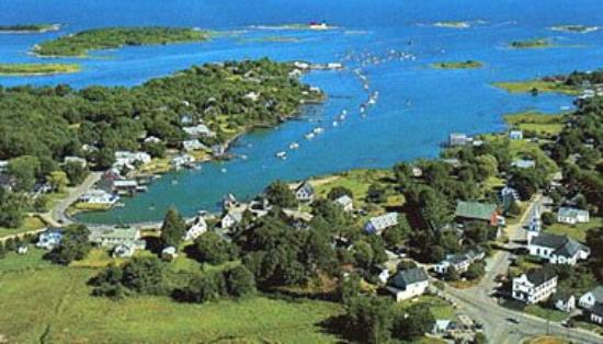 The Cape Porpoise Motel: Cape Porpoise Harbor