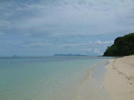 Tokoriki Island Resort: Beach view - but beware the seaweed!