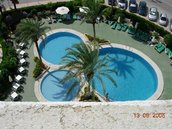 AR Roca Esmeralda & SPA Hotel : The three pools