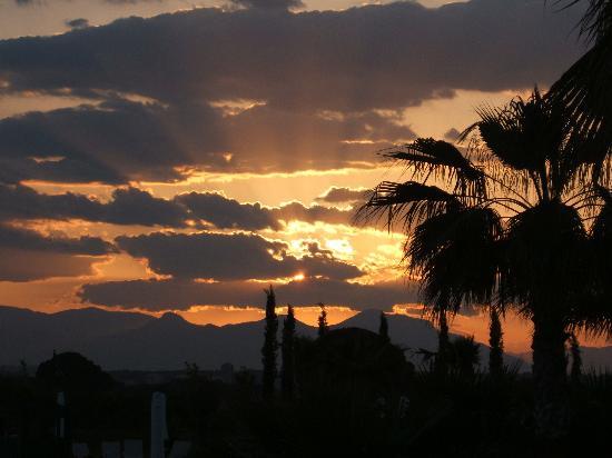 Barut Lara: The night sky April 2006