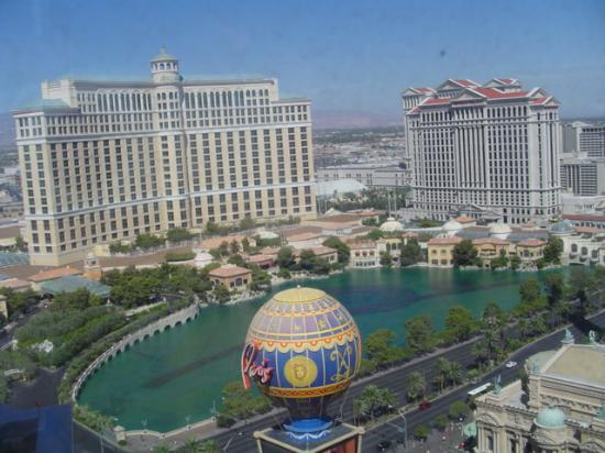 "Planet Hollywood Resort & Casino: The view from a ""Fountain View Room"""