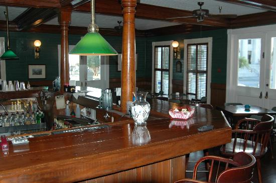 The bar in the Gibson Inn.