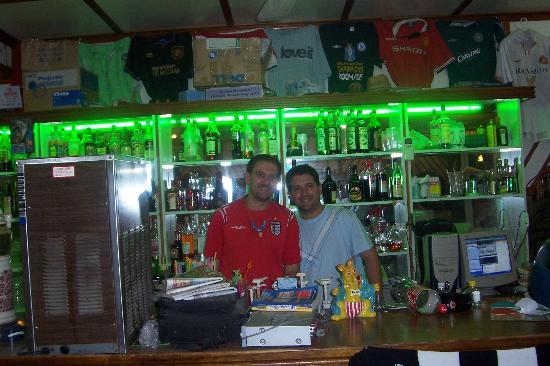 جولدن دايز هوتل: Minas & Terry at Iakynthos
