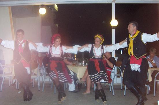 جولدن دايز هوتل: Greek Night