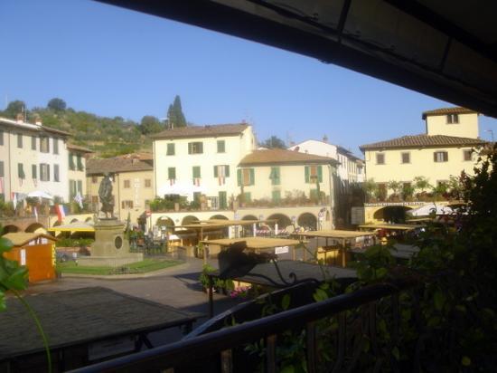 Albergo Giovanni da Verrazzano : View from Restaurant Balcony